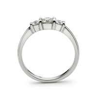 Peg Set Three Diamond Ring